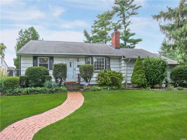 [Wantagh Real Estate, listing number 3089040]