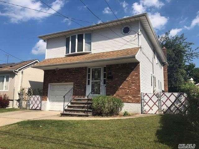 5 BR,  3.50 BTH  Hi ranch style home in Elmont