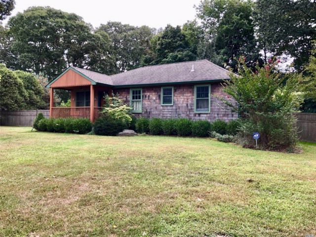 3 BR,  1.00 BTH  Cottage style home in Calverton