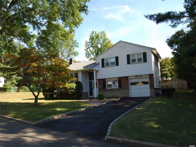 [Glen Cove Real Estate, listing number 3089798]