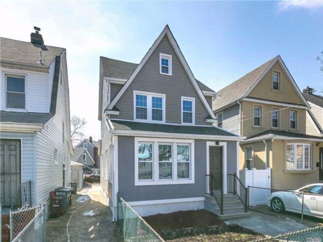 8 BR,  2.00 BTH 2 story style home in Queens Village