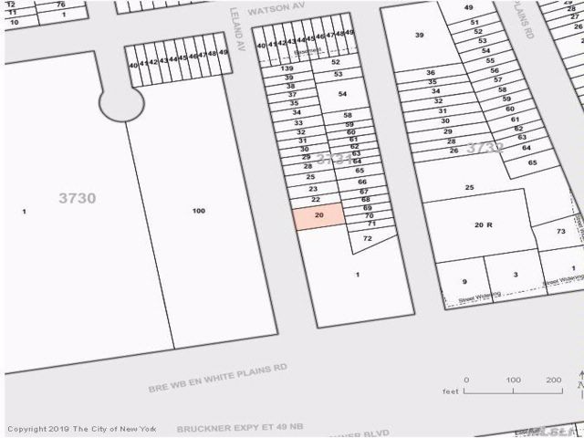 Lot <b>Size:</b> 54X100 Land style home in Soundview