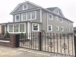 6 BR,  4.50 BTH  Contemporary style home in South Ozone Park