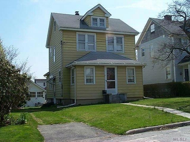 3 BR,  1.50 BTH Colonial style home in Glen Cove