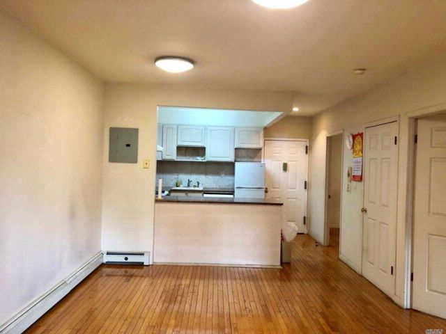 2 BR,  1.00 BTH Condo style home in Flushing