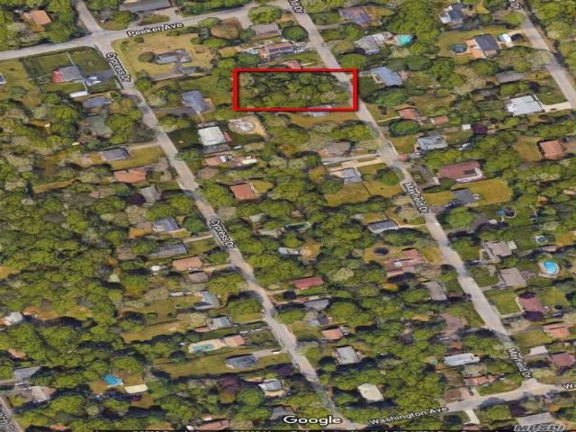 Lot <b>Size:</b> .36 Land style home in Mastic Beach