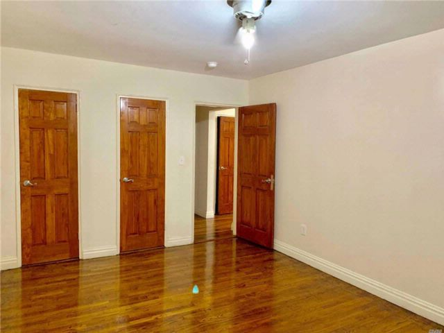2 BR,  1.00 BTH  Apt in bldg style home in Fresh Meadows