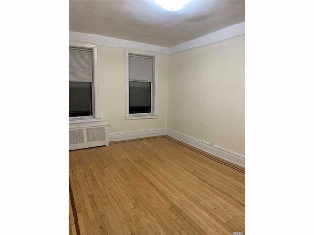 [Jackson Heights Real Estate, listing number 3091709]