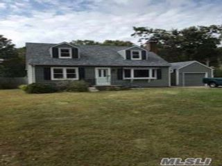 4 BR,  1.00 BTH Cape style home in Hauppauge