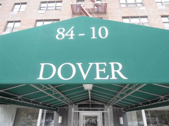 1 BR,  1.00 BTH  Co-op style home in Howard Beach