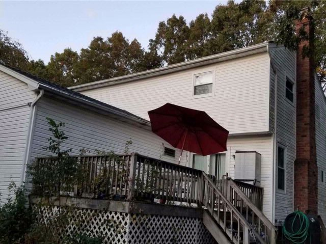 5 BR,  3.50 BTH Colonial style home in Mastic