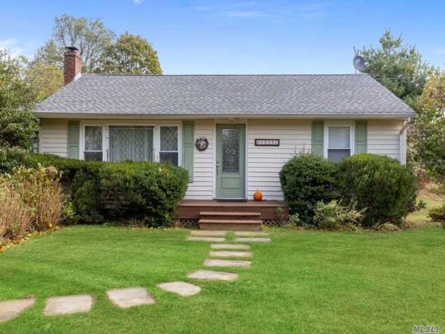 2 BR,  1.00 BTH Ranch style home in East Marion