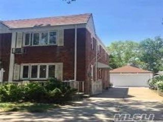 4 BR,  4.00 BTH  2 story style home in Fresh Meadows