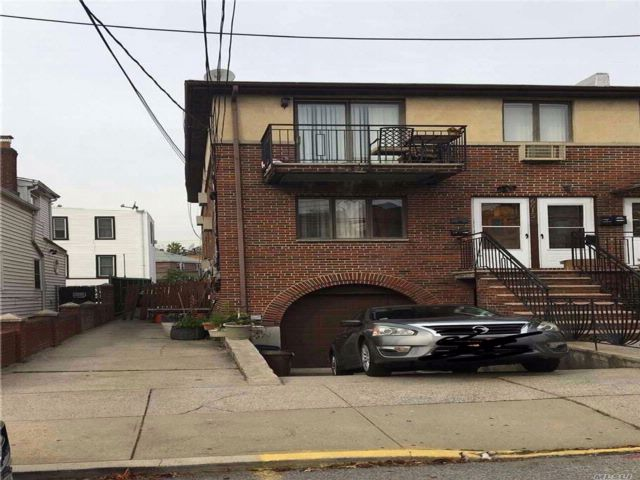 [Maspeth Real Estate, listing number 3092973]