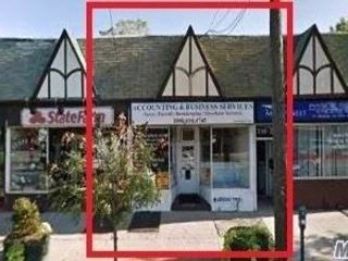 Studio,  0.00 BTH Small stores style home in Floral Park