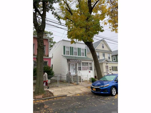 [Woodhaven Real Estate, listing number 3093275]