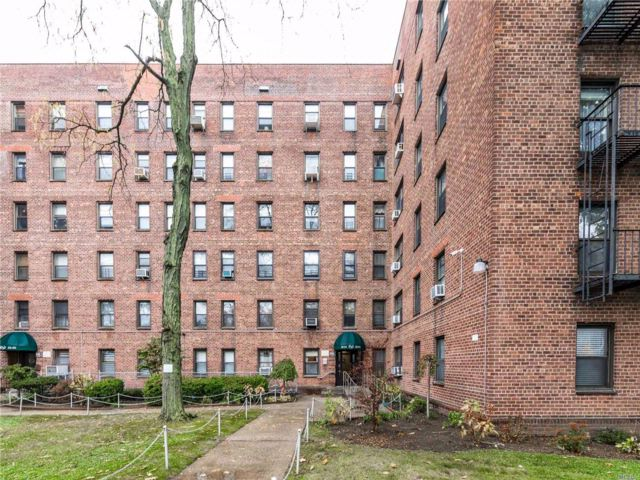 [Maspeth Real Estate, listing number 3093614]