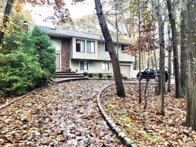 [Manorville Real Estate, listing number 3093832]