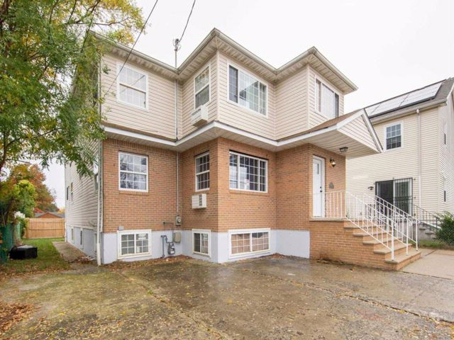 [Cambria Heights Real Estate, listing number 3093982]