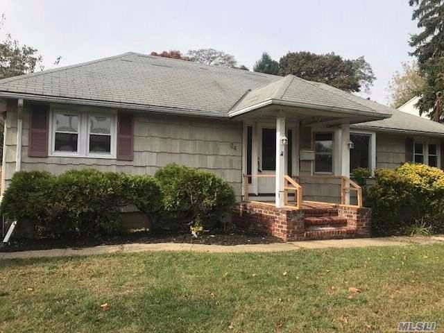 [Farmingdale Real Estate, listing number 3094024]