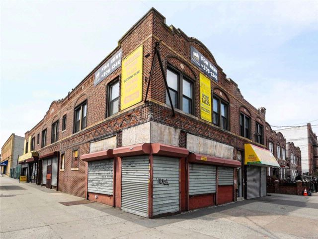 Studio,  0.00 BTH Commercial style home in Brownsville