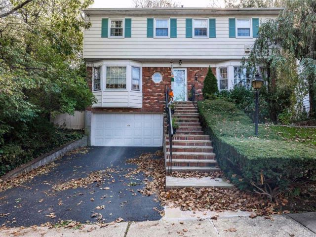 [Douglaston Real Estate, listing number 3094497]