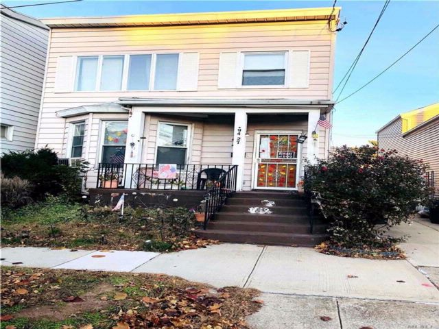 2 BR,  2.00 BTH 2 story style home in Ozone Park
