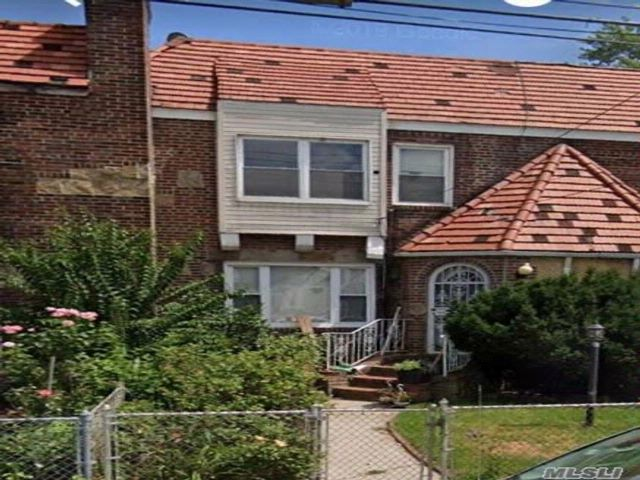 3 BR,  2.00 BTH Tudor style home in Cambria Heights