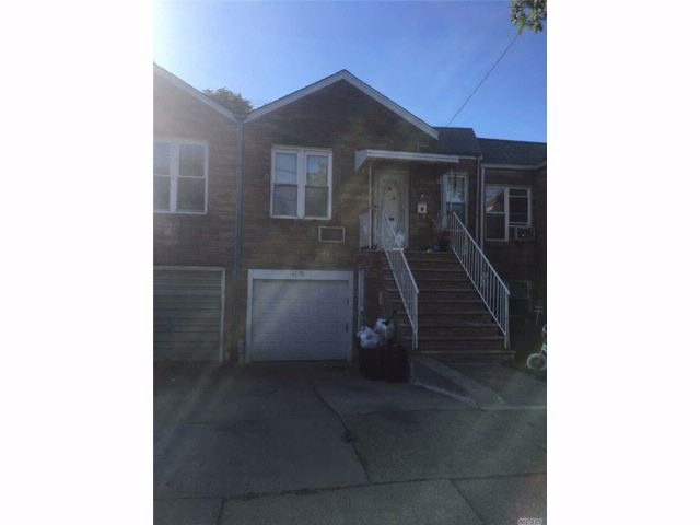 3 BR,  2.00 BTH  Duplex style home in Floral Park