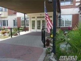 2 BR,  2.00 BTH Condo style home in East Meadow