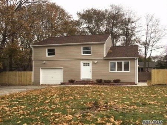 4 BR,  1.50 BTH Colonial style home in East Patchogue