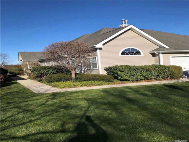 [Riverhead Real Estate, listing number 3095307]