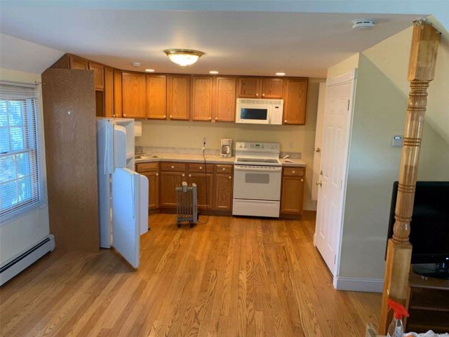 1 BR,  1.00 BTH  2 story style home in Seaford