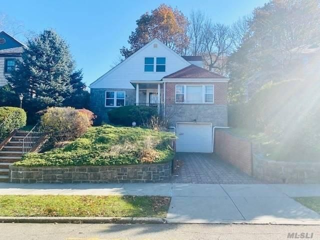 [Jamaica Estates Real Estate, listing number 3095770]