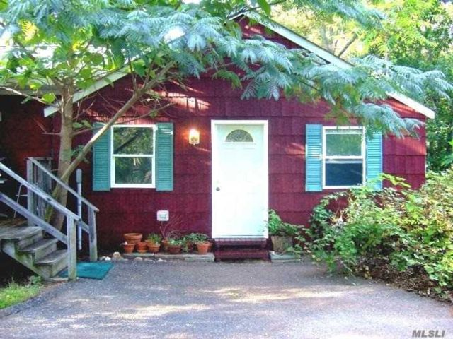 3 BR,  2.00 BTH Ranch style home in Mt. Sinai