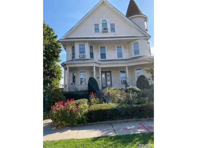 1 BR,  1.00 BTH Apt in house style home in Richmond Hill