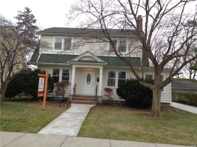 5 BR,  2.50 BTH Colonial style home in Hempstead