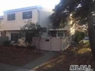 3 BR,  1.50 BTH Condo style home in Holbrook