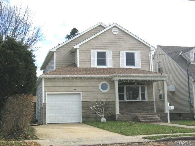 6 BR,  3.00 BTH Colonial style home in Floral Park