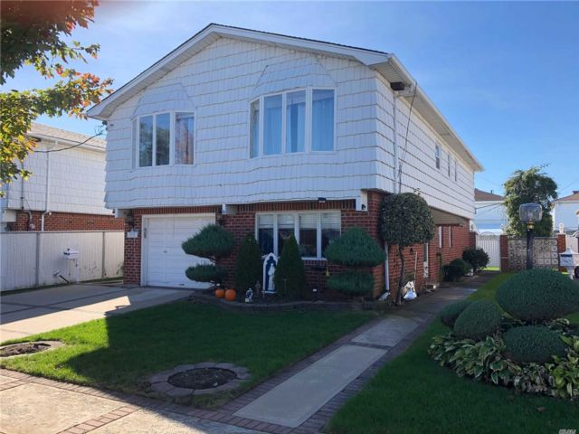 [Howard Beach Real Estate, listing number 3099665]