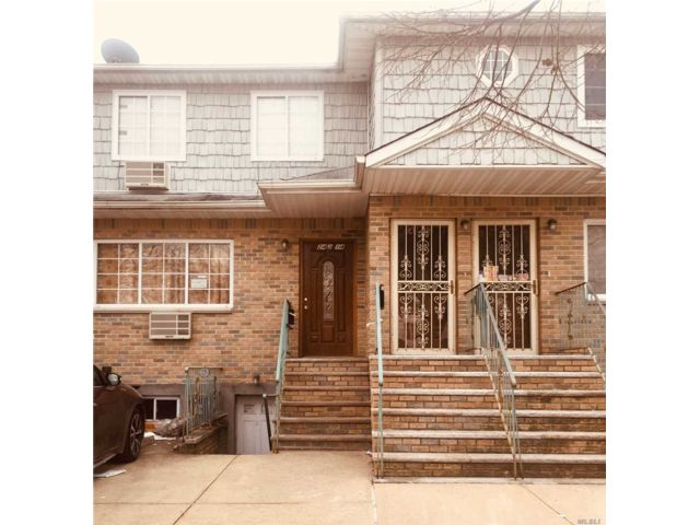 3 BR,  3.50 BTH  2 story style home in Rosedale