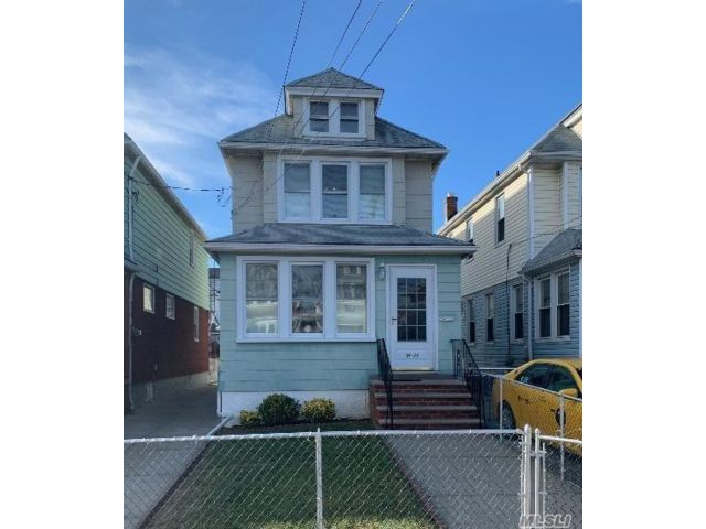 3 BR,  1.00 BTH  Colonial style home in South Ozone Park