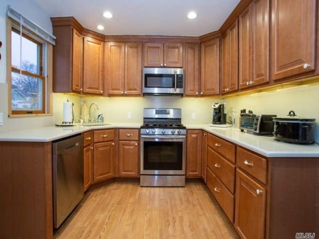 2 BR,  1.00 BTH Ranch style home in Baldwin