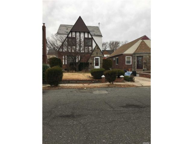 [Cambria Heights Real Estate, listing number 3100100]