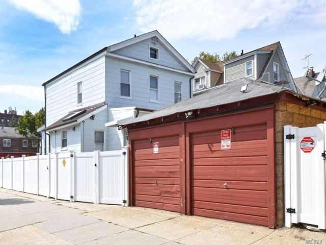 2 BR,  1.00 BTH Apt in house style home in Woodhaven