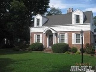 5 BR,  3.00 BTH  Exp cape style home in Great River