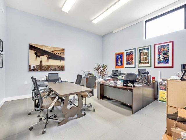 Studio,  0.00 BTH  Office style home in Ozone Park