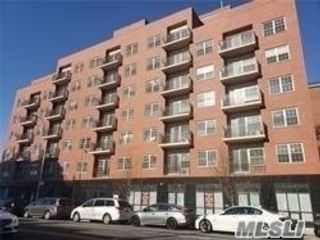 Studio,  0.00 BTH Office style home in Fresh Meadows