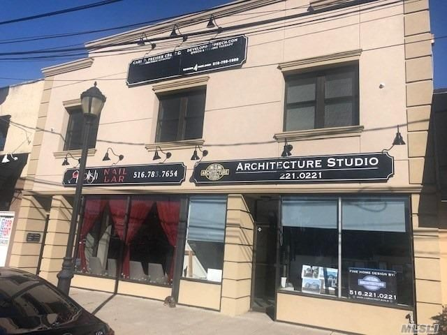 Studio,  0.00 BTH Mixed use style home in Wantagh