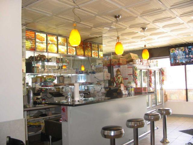 Studio,  0.00 BTH Restaurant style home in Flushing